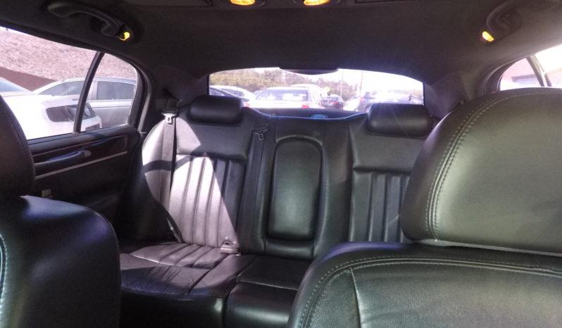 2010 Lincoln Town Car full
